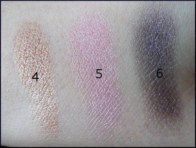 Too Faced Jingle All the way swatches