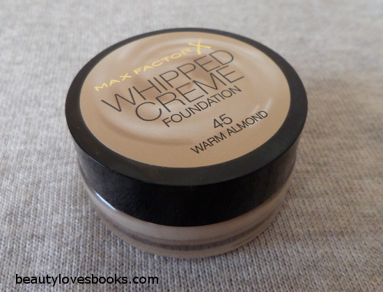 Max Factor Whipped creme foundation in 45 Warm almond