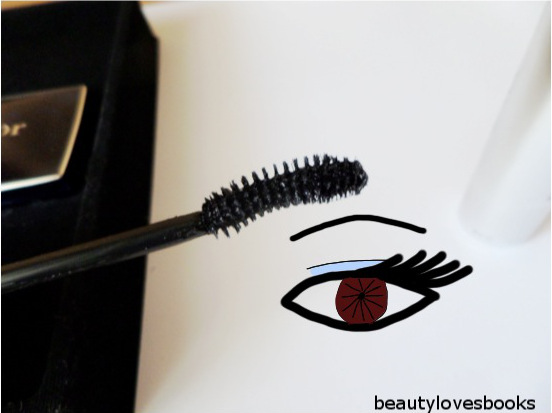 Diorshow iconic overcurl mascara with mini palette
