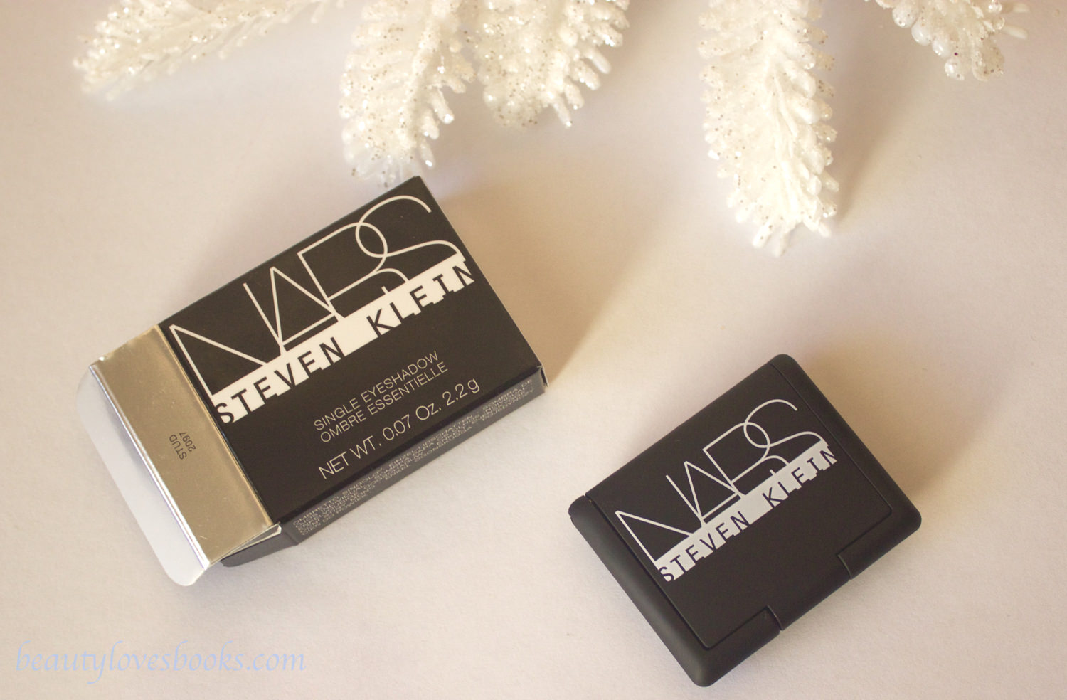 NARS X Steven Klein Holiday 2015: single eyeshadow in stud
