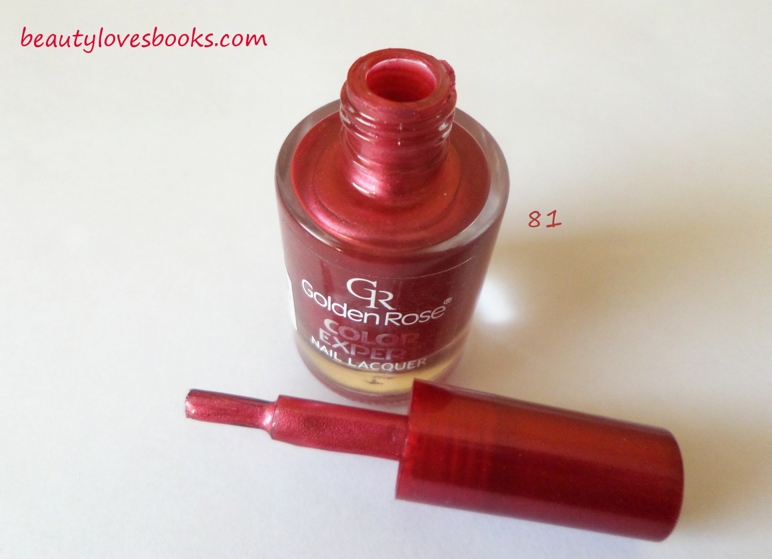 Golden rose Color expert nail polish in 21