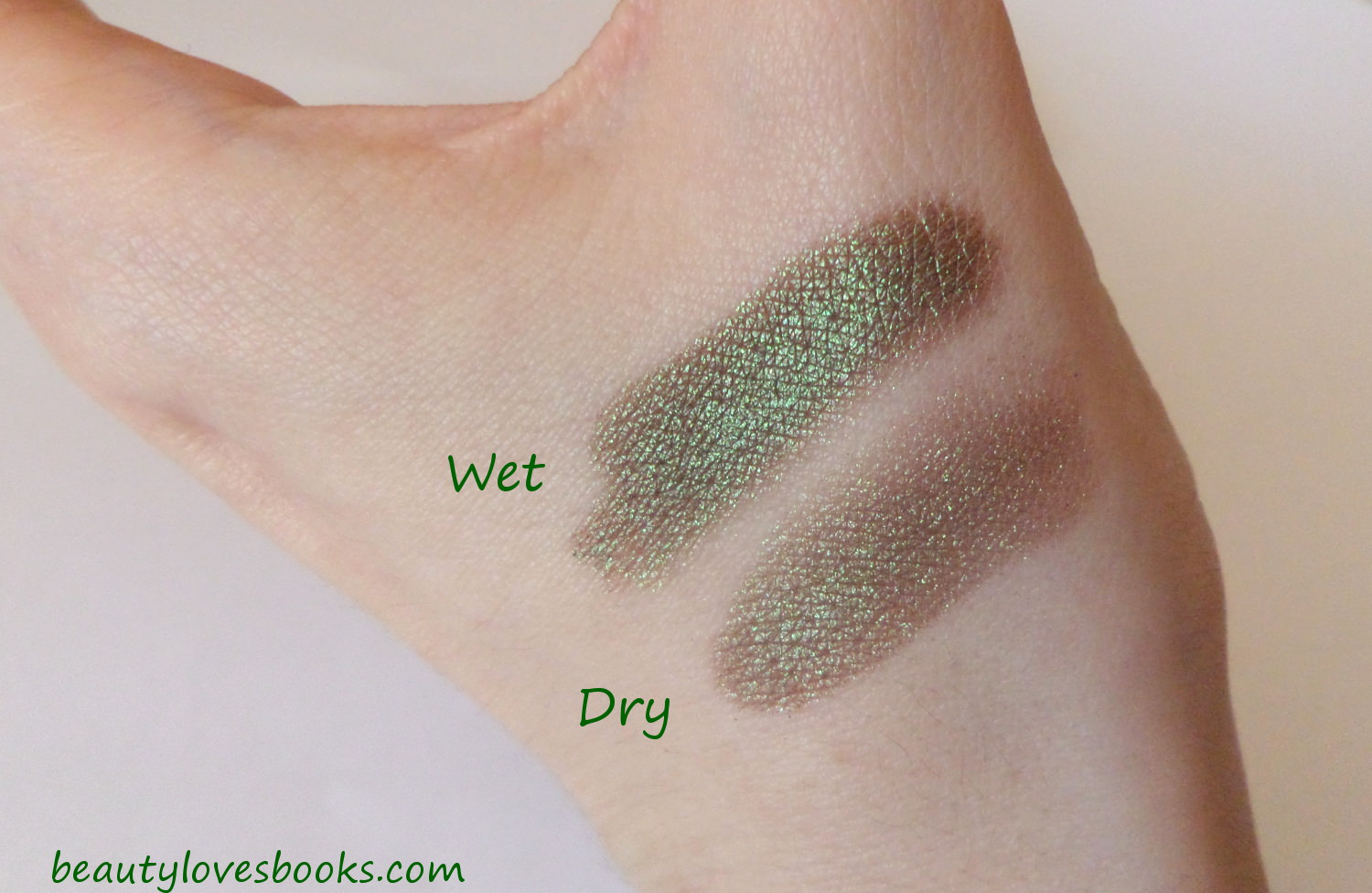 Nars dual-itensity eyeshadow in the shade Pasiphae - swatch