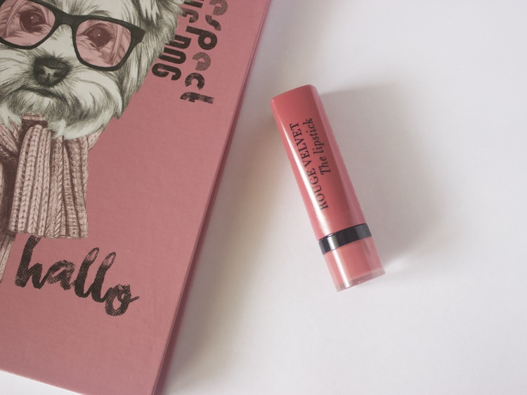 Bourjois Rouge Velvet The lipstick in the shade 03 Hyppink chic